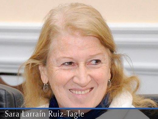Sara Larrain R